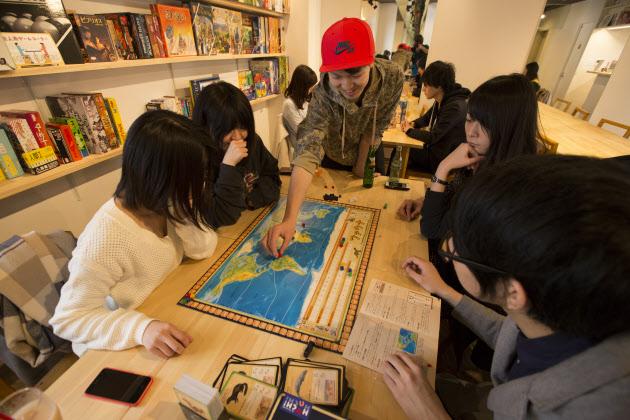 NIKKEI STYLE「カフェも急増 ボードゲームにアラサーがハマる理由」記事にて取材をしていただきました