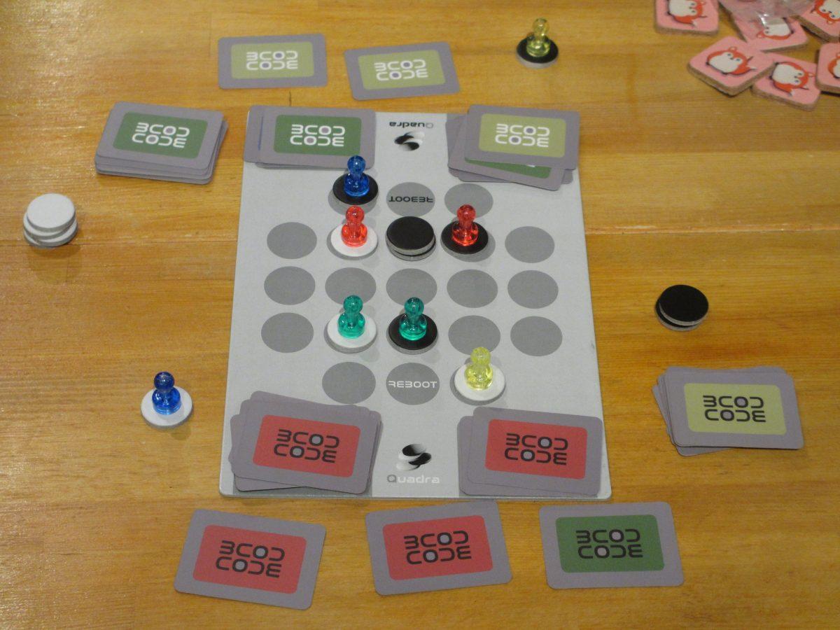 チカールさんが吉々庵で作った対戦ゲーム『Quadra』