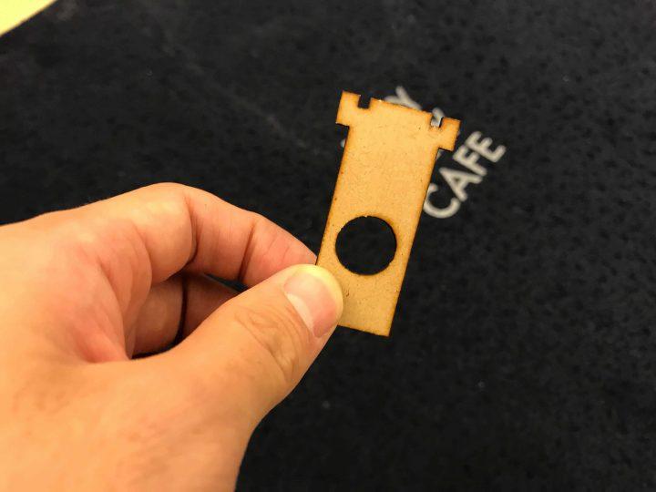 キャメルアップのサイコロカッターをレーザーカッターで自作してみた!