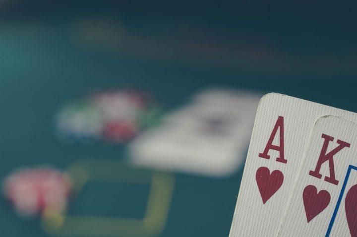 ポーカー 手札イメージ